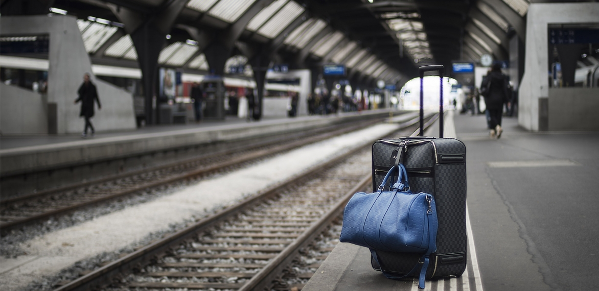 How to Pack a Sustainable Suitcase